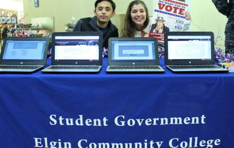 Student Government registers students to vote in the primary election
