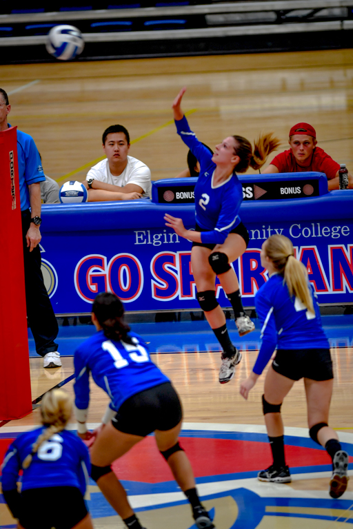 Rachal+Gaydos+leaps+and+Krystal+Figueroa%2C+Zoe+Sitaar%2C+and+Madison+Kosyla+rush+to+support+her++in+the+ECC+women%27s+volleyball+teams+3+games+to+2+victory+over+Morton+College+on+Thursday+September+12.