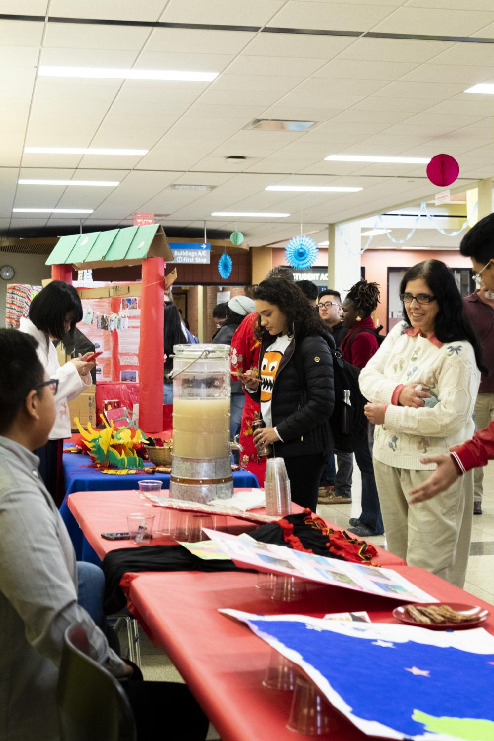 As a part of International Week, on November 15, a few clubs and groups gather for a street fair.