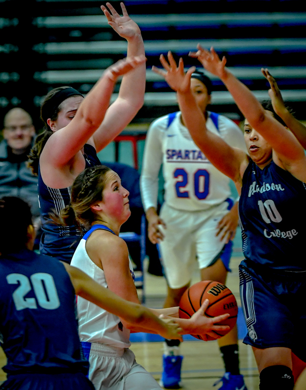 Action+in++ECC+Lady+Spartan%27s+hard+fought+loss+to++Madison+in+basketball.