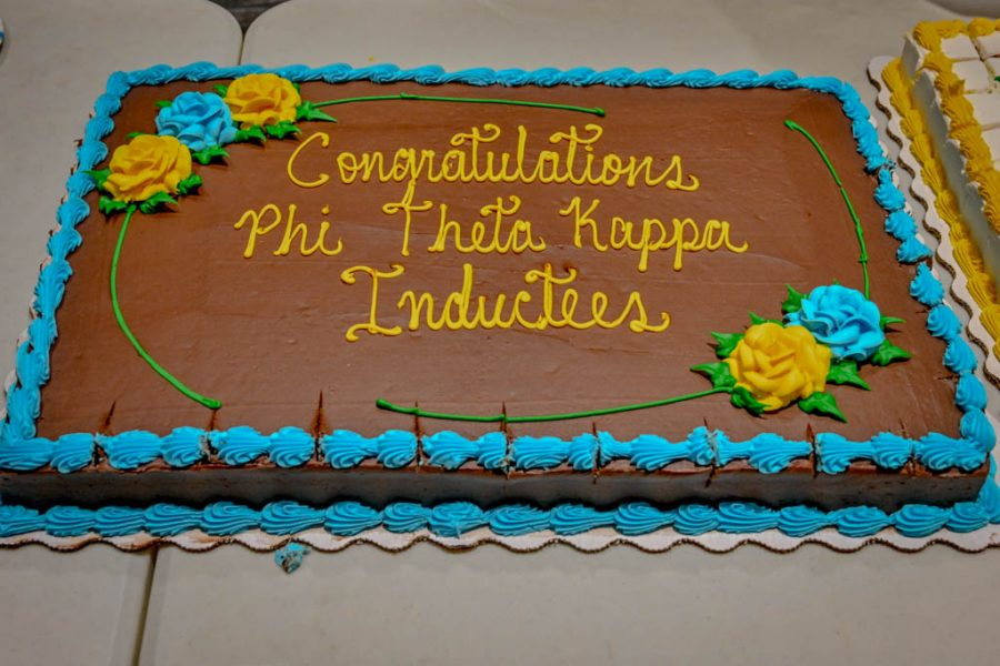 The+after+Induction+ceremony+cake+enjoyed+by+inductees%2C+family+and+friends+for+the+Phi+Theta+Kappa+honor+society.+The+induction+was+Thursday+Oct.+24+in+the+Blizzard+Auditorium.