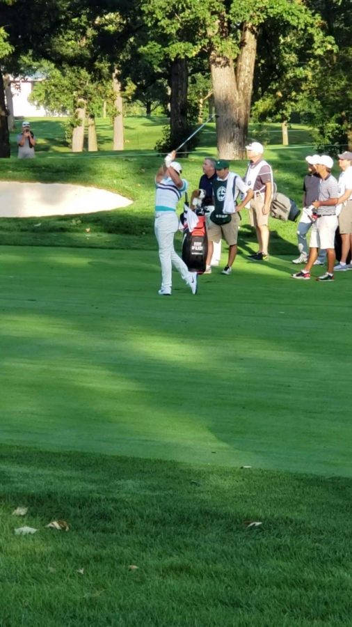 Rory Mcllroy approach shot into 3-green at Medinah Golf Club