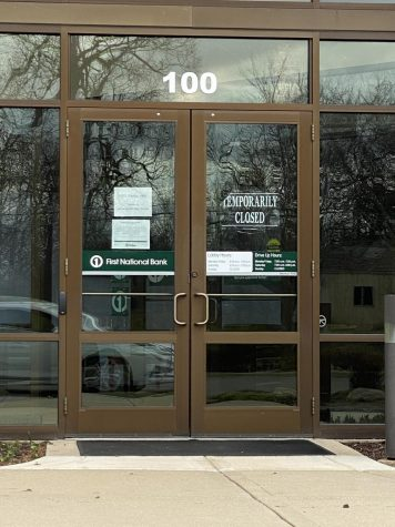 One location bank has temporarily closed its doors and consolidated with other locations in an effort to control the spread of COVID-19 and comply with Illinois Shelter-in-Place orders.