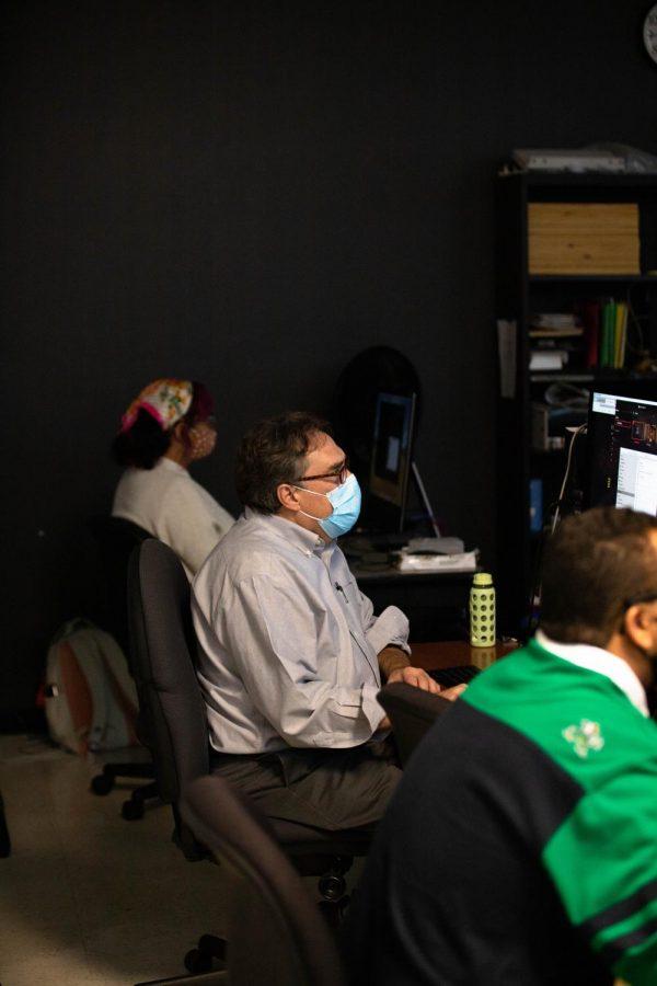 Videography professor, Tim Kaar, teaches a videography class on Sept. 22.